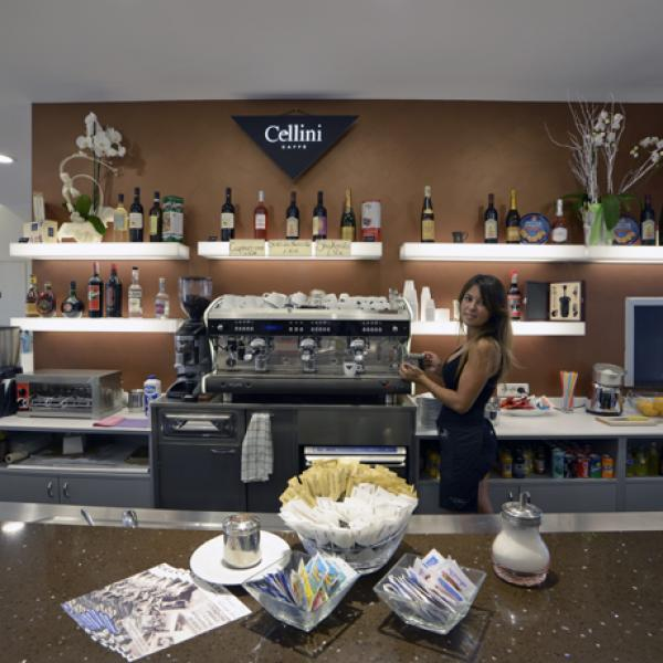 Colibrì caffè bistrot e lounge bar - Viale Boccaccio, 157/AB - Empoli (FI)
