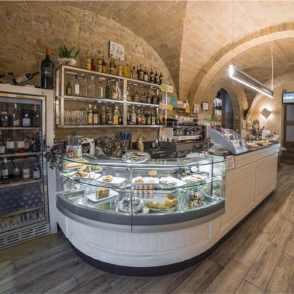 Emozioni wine-bar - Piazza G.di Vittorio, 14 - Gambassi Terme (FI)
