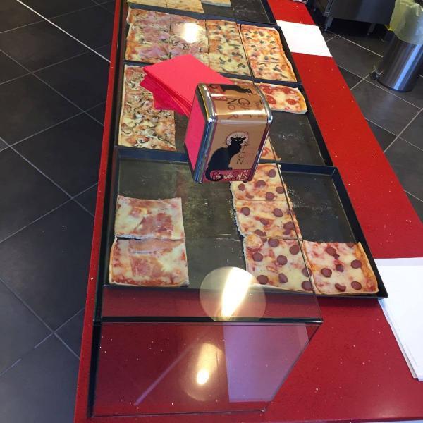 Pizzeria Le Chat Noir  - Via R.Sanzio, 153 - Empoli (FI)