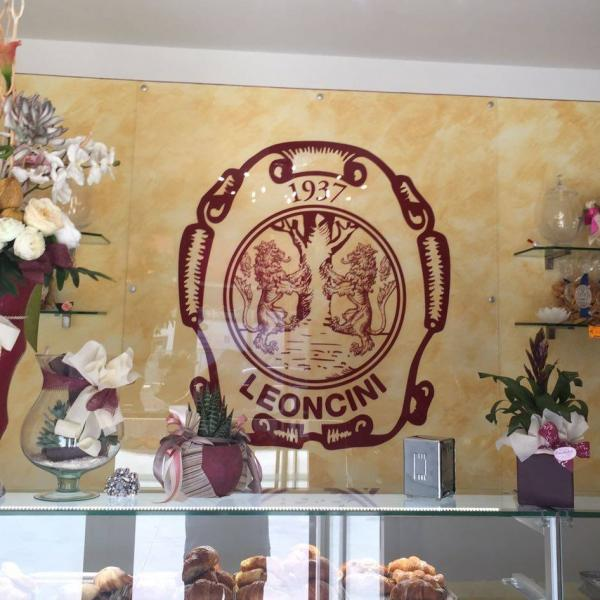 Pasticceria Leoncini - Via Barsanti, 3 - Pontedera (PI)
